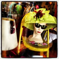 find mannequin heads for your sunglass display at MannequinMadness.com
