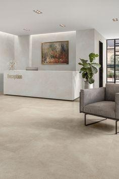 Concrete Kitchen Floor, Vinyl Flooring Kitchen, New Living Room, Living Room Chairs, Polished Concrete Tiles, Floor Design, House Design, Kitchen Pantry Design, Soft Flooring