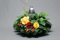 Dekoracja nagrobna All Saints Day, Funeral Flowers, Ikebana, Wreaths, Table Decorations, Floral, Christmas, Grief, Xmas