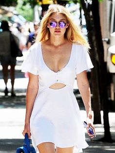 Leave It to Gigi Hadid to Make a T-Shirt Dress Look This Good