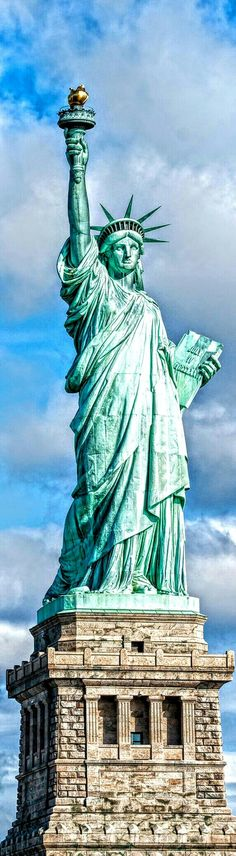 """THE STATUE OF LIBERTY"""