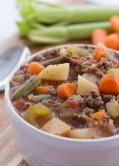 This Slow Cooker Hamburger Soup is easy to throw together in the morning so you can have a warm bowl for dinner. Easy and delicious! Crock Pot Recipes, Slow Cooker Recipes, Cooking Recipes, Crockpot Meals, What's Cooking, Chowder Recipes, Soup Recipes, Yummy Recipes, Recipies