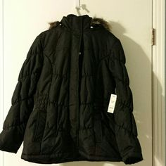 Women's coat NWT excellent condition coat with removable Faux fur hood coat zips and snaps inside cell phone pocket Faded Glory Jackets & Coats Puffers