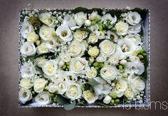 Pudełko pełne kwiatów