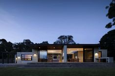 Rammed earth house in Australia becomes a visionary design