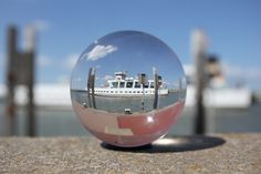 Glaskugel - Eine runde Sache von FiFi-Photography