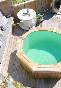 45 Most Inspiring DIY Pallet Swimming Pool Ideas – Home Ideas Backyard Patio, Backyard Landscaping, Piscina Pallet, Pallet Pool, Diy Pallet, Diy Spring Weddings, High Deck, Intex Pool, Small Pools