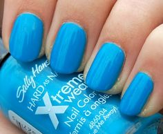 Sally Hansen Xtreme Wear - Blue Me Away