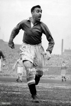 "Name: John Aston Snr Position: Full Back Birthdate: 03-09-1921 Birthplace: Prestwich, Bury, England Height: 5' 11"" Weight: 12st 7lbs Nationality: England   Signing Information: Signed Trainee: 01/1938. Signed Professional: 12/1939 Years at Club: 1946-1954 Debut: 18/09/1946 v Chelsea (H Maine Road) 1-1 (League Division One) Previous clubs:  Farwell to Manchester United: Retired from the game, 1954 Passed Away: 31/07/2003"
