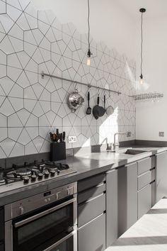 geometric tile | tile trends | kitchen decor | interior design