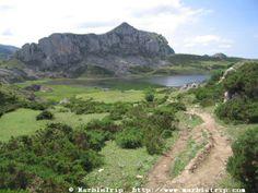 Vega de Ario hut hike, Peaks of Europe mountains, Asturias.