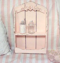 miniature shabby chic shelving - Dollhouse inspiration