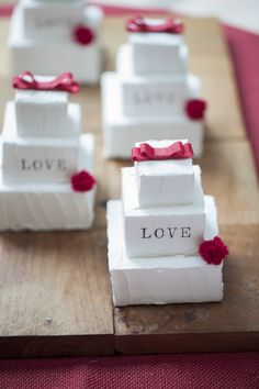 wedding Item DIY #Wedding #TRUNK #OneHeart #Diy