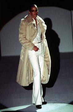Georgina Grenville at Gucci F/W 1996 - Chic as fuck.