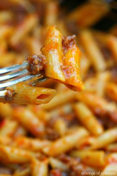 Roasted Red Pepper and Italian Sausage Pasta | cravingsofalunatic.com | Easy recipe using homemade roasted red peppers. Add some Italian Sausage and it's a perfect week night meal.