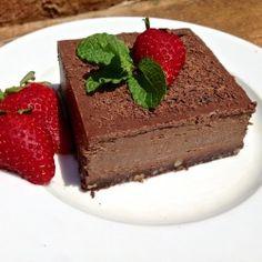 Chocolate Truffle Pie (Dairy Free, Gluten Free, Grain Free, Paleo) @Sara Curley