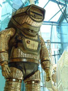 Anubis, Steampunk Armor, Sci Fi Armor, Diving Suit, Alien Worlds, Dwayne The Rock, Sci Fi Characters, Blue Bloods, Bioshock