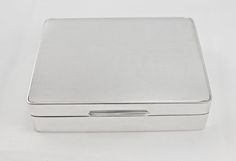 Silver Cigarette Box Engine Turned London 1960 d