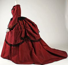 Dress (image 2) | American or European | 1869 | silk | Metropolitan Museum of Art | Accession #:  2002.383a, b