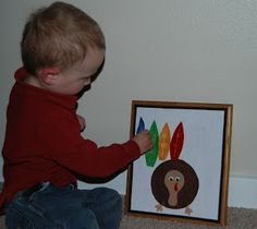 Nap Time Crafts: Felt Turkey for Toddlers ...w/ template