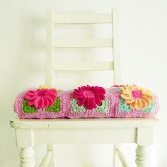 PDF Crochet Throw Pattern 3D Flower Gerbera granny square by Sol Maldonado