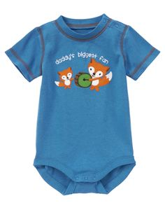 He's Daddy's biggest fan in our soft bodysuit. Stylish contrast coverstitching just looks cool.