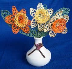 Bunch of tatted daffodils Handmade tatting Lovely lacy by SueDZine