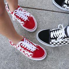 Vans Old Skool (Primary Check) Skate Shoes Vans Sneakers, Custom Sneakers, Cute Vans, Cute Shoes, Me Too Shoes, Vans Shoes Fashion, Red Vans Shoes, Vans Shoes Outfit, Vans Shoes Old Skool