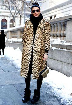 New York Fashion Week Fall 2013 Giovanna Battaglia. Grrr, leopard prints in street style. Looks Street Style, Autumn Street Style, Street Chic, Paris Street, Street Wear, Hipster Grunge, Grunge Goth, Street Style Vintage, Fall Winter 2017