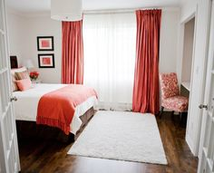 Teen bedroom with a pop of color! Designed by Lux Decor, Pointe-Claire, Qc