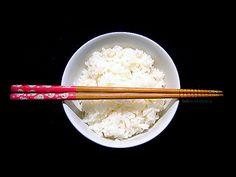 Cucina giapponese: segreto per una cena con occhi a mandorla? Preparare bene il riso bianco Sushi Ingredients, Oriental, Sashimi, Japanese Food, Hawaii, Asian, Drinks, Cooking, Kitchen