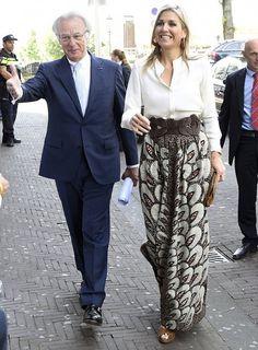 Queen Maxima visits the Taal aan Zee Foundation