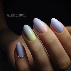 Thailand's No.1 nail salon!!!! Enjoy our nail artwork and designs!!! ☎: 02 1605618-9 Central Embassy