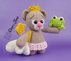 Bella the Little Teddy Bear by Carolina Guzman