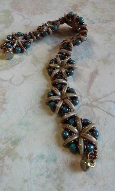 Crescent O bead bracelet