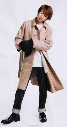 相葉 Male Beauty, My Sunshine, Actors & Actresses, Fashion Beauty, Raincoat, Normcore, Singer, Guys, Celebrities