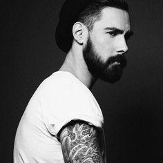 @ blvckheart 📷 @sarahfafetphotographe #beardbad#beard www.beardbad.com