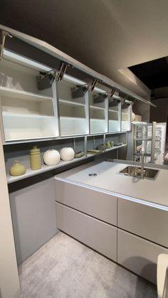 Luxury Kitchen Design, Kitchen Room Design, Home Room Design, Home Decor Kitchen, Interior Design Kitchen, Kitchen Furniture, Kitchen Ceiling Design, Restaurant Kitchen Design, Interior Modern