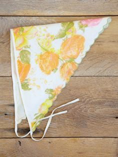 I remember these pretty summer scarves Vintage Floral, Vintage Love, Vintage Beauty, Vintage Style, Great Memories, My Childhood Memories, Family Memories, Those Were The Days, The Good Old Days
