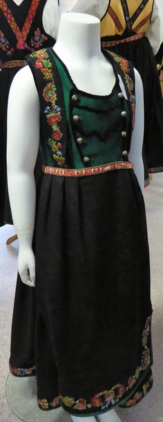 Folk Costume, Costumes, Norway, Dress Up Clothes, Costume, Fancy Dress, Suits