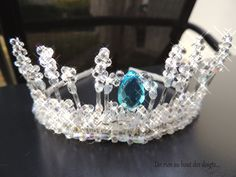 couronne reine des neiges Frozen Elsa And Anna, Elsa Anna, Crown, Jewelry, Frozen Crown, Crowns, Bricolage, Corona, Jewlery