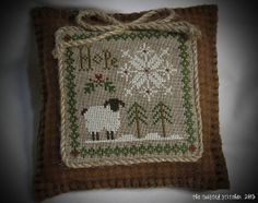 LHN_Hope by The Twisted Stitcher, via Flickr ~ Love the sweet finish on wool!