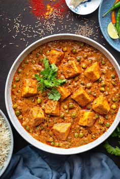 Matar Paneer or Mutter paneer is a popular everyday Indian dish of green peas and soft Indian cottage cheese cubes simmered in luscious creamy onion, tomato and cashew nut gravy. Goes very well with you favourite Indian Breads or Pulao. #easy #instantPot #curry #Peas #Paneer #Restaurant #Gravy #recipe #HowToMake #StepbyStep #Photography Kitchen Recipes, Cooking Recipes, Cooking Tips, Rice Recipes, Delicious Recipes, Recipies, Tasty, Matar Recipe, Paneer Sabji Recipe