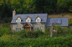 Border Oak - Stone Pearmain Cottage with slate tile roof