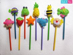 Felt Pencil Toppers ( Set Of Foam Crafts, Diy And Crafts, Pencil Topper Crafts, Pen Toppers, Felt Christmas Decorations, Craft Projects For Kids, Felt Diy, Handmade, Gadget