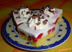 Jahodové řezy s jogurtem. Cheesecake, Pudding, Treats, Sweet, Sweet Like Candy, Candy, Goodies, Cheesecakes, Custard Pudding