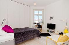Happy colours in bedroom. Vasastan, Stockholm. #hemnet #swedish #sleep