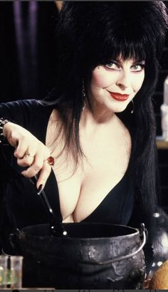 The most important cooking tip on - Add plenty of wine to the cook! Goth Beauty, Dark Beauty, Fashion Beauty, Elvira Movies, Amazing Women, Beautiful Women, Pernas Sexy, Cassandra Peterson, Cult Movies