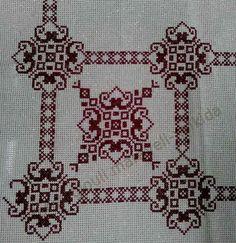 .Χρυσούφαντα ΕΤΑΜΊΝ ή ασημο'υ'φαντα με τιμή 24 ευρώ το μέτρο και φάρδος τοπιού:1.80. Τα σκέτα αρχίζουν απο 16.50 το μέτρο. γιούλη μαραβέλη τηλ:2221074152 Needlepoint Stitches, Needlework, Cross Stitch Designs, Cross Stitch Patterns, Cross Stitch Embroidery, Embroidery Patterns, Palestinian Embroidery, Swedish Weaving, Simple Cross Stitch