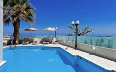 Kriti Beach på Kreta har fået Apollos udmærkelse Silver på baggrund af vore gæsters vurderinger i 2013. Se mere om hotellet på http://www.apollorejser.dk/rejser/europa/graekenland/kreta/rethymnon-by/hoteller/kriti-beach
